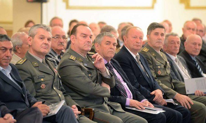 """ТАКО КОМАНДУЈЕ СРПСКИ ОФИЦИР: """"Не дозвољавам, нема назад, иза је Србија"""""""