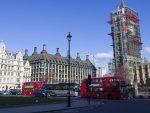"""ЕНГЛЕЗИ ДОБРОЧИНИТЕЉИ: Лондон даје 20 милиона евра за борбу против """"дезинформација"""" на Балкану"""