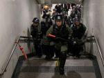 """И ОТЦЕПЉЕЊЕ НА УЛИЦИ: Хонгконг се приближава """"црвеној линији"""" преко које Пекинг неће прећи"""