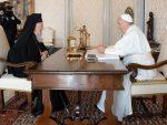 ФАКТИ: Патријарх Вартоломеј продубљује односе са папом Франциском и украјинским унијатима