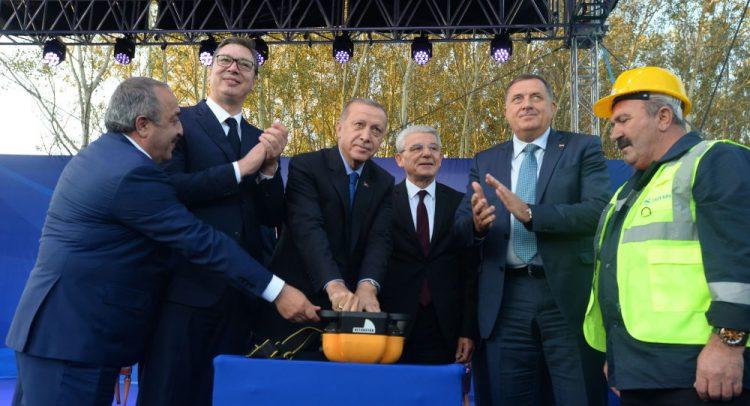 СРЕМСКА РАЧА: Положен камен-темељац за изградњу ауто-пута од Београда до Сарајева