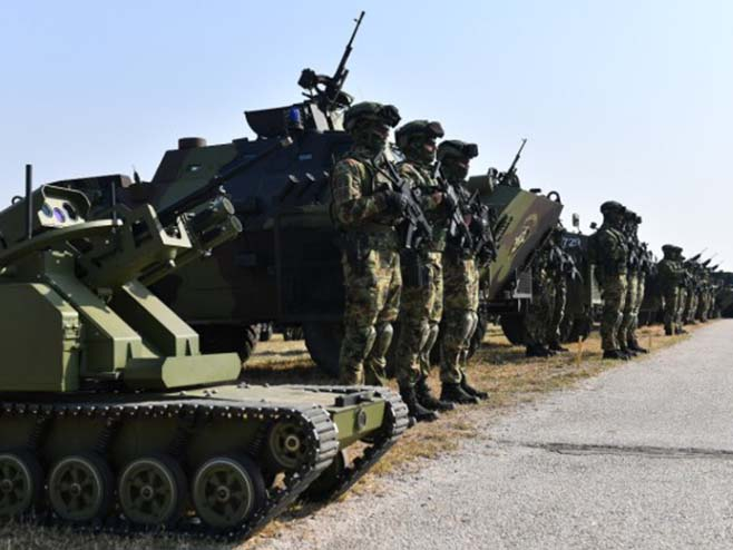 СЈЕЋАЊЕ НА ВЕЛИКЕ ДАНЕ: Више од 2.400 војника на вјежби поводом 75 година од ослобођења Београда