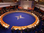 Новости: НАТО покушава да спречи испоруку Панцира у Србију