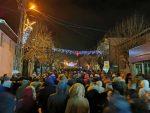 Достојно: Синоћ на молебану са литијом у Пљевљима 5000 људи