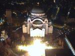 Београд брани светиње: Погледајте величанствену бакљаду испред Храма Светог Саве!