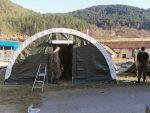 Вишеград: Постављена три шатори са укупно 60 лежајева