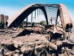 КАД СУ ЗЛОЧИНЦИ ДИВЉАЛИ: Прије 21 годину срушен Жежељев мост преко Дунава