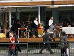 Ублажавање мера: Кафићи се отварају 4. маја, градски превоз и тржни центри четири дана касније
