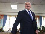 ОН ИМА СВОЈ ПУТ: Лукашенко и поред епидемије организује војну параду 9. маја