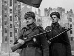 ПОЉСКА: Нису само нацисти криви за Други светски рат, већ и Совјети