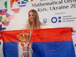 ПОНОС СРБИЈЕ: Златна Јелена, најбоља ученица Математичке гимназије свих времена, добила стипендију за Kембриџ