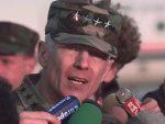 ЗАШТИТНИЦИ ЗЛОЧИНАЦА: Весли Кларк и даље ратује за независност Косова