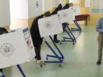 Изненада прекинуто бројање гласова у четири америчке државе