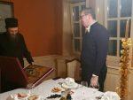 ПРЕДСЕДНИК СРБИЈЕ У ХИЛАНДАРУ: Вучић обећао монасима да ће се свим снагама борити за Косово!