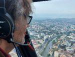 """40 ГОДИНА ОД ПРЕМИЈЕРЕ ФИЛМА """"СЈЕЋАШ ЛИ СЕ ДОЛИ БЕЛ"""": Кустурица изнад Сарајева"""