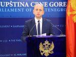 КНЕЖЕВИЋ: Резолуција о Сребреници најмање писана у Црној Гори
