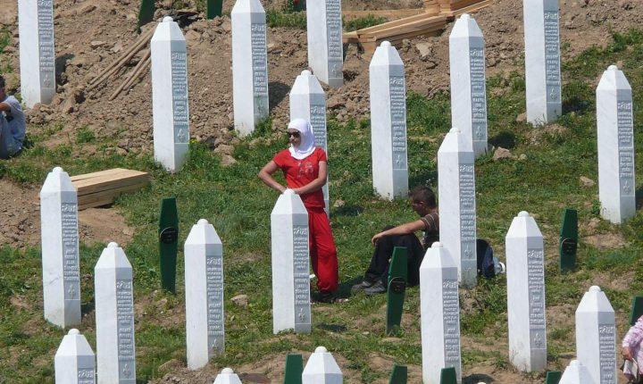 МЕЂУНАРОДНИ СТРУЧЊАЦИ ДОКАЗАЛИ: Ово је истина о Сребреници