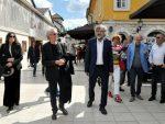 ВЕЛИКИ НОБЕЛОВАЦ МЕЂУ СВОЈИМ СРБИМА: Петер Хандке дочекан у Андрићграду