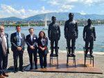 Споменик Асанжу, Сноудену и Челси Менинг постављен у Женеви уочи самита Русије и Америке