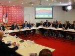 Кецмановић: Бошњаци срећу траже у великој амбасади у Сарајеву, Србе и историја обавезује на усправан ход